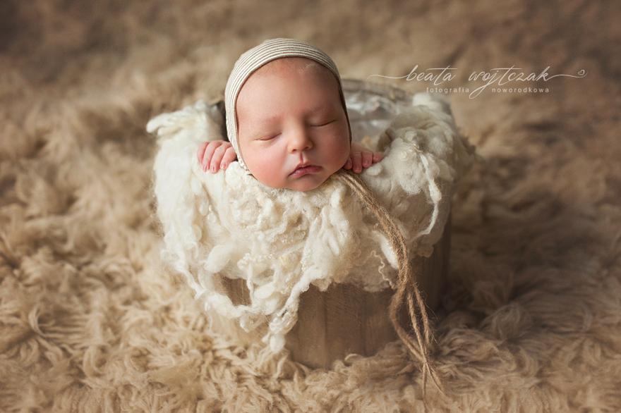 sesja noworodkowa Krakow, fotografia noworodkowa Beata Wywial