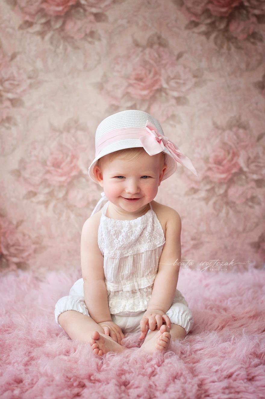 sesja niemowleca Krakow, sesja fotograficzna w prezencie, pomysl na prezent z okazji chrztu