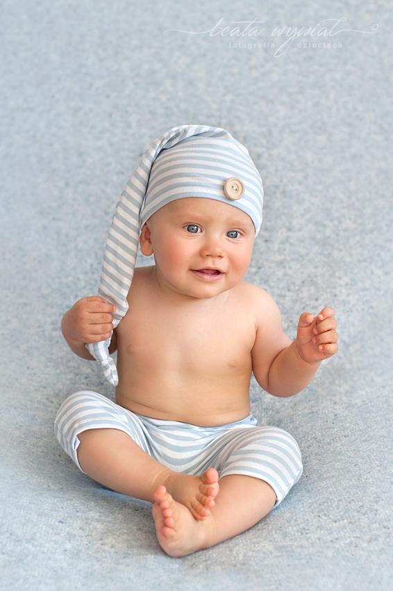 sesja fotograficzna w prezencie, zdjecia niemowlaczkow Krakow
